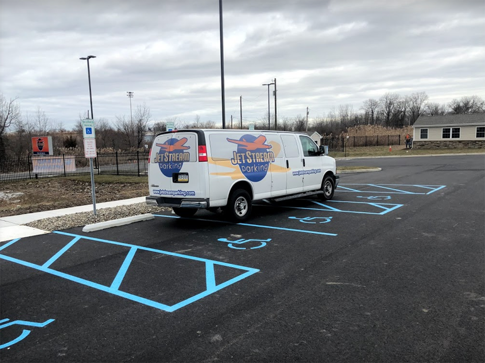 cheap airport parking phl