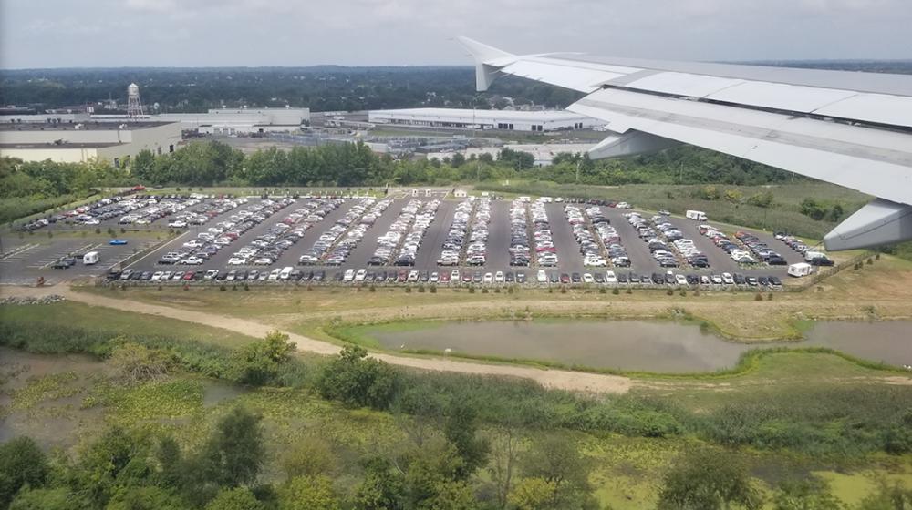 philadelphia international airport short term parking