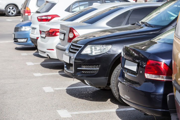 How to Ensure Your Car's Safety in Airport Parking