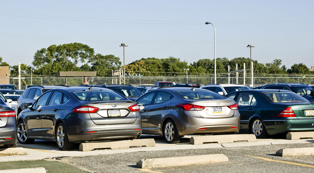 Pacifico Airport Valet parking features safe and secure lots.