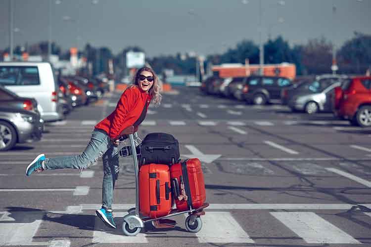 Woman Walking to Airport - Newark, NJ - Jiffy Airport Parking